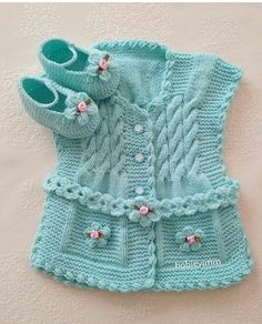 This Pin was discovered by sid Baby Knitting Patterns, Knitting For Kids, Knitting Designs, Knitted Baby Outfits, Knitted Baby Clothes, Crochet Clothes, Baby Girl Items, Baby Pullover, Baby Sweaters