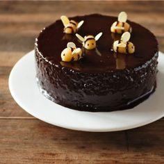 Nigella lawson malteser chocolate cake recipe