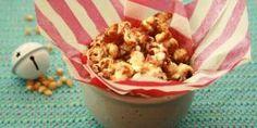 Receita de Pipoca doce caramelada na frigideira Pop Corn, Le Chef, Cereal, Muffin, Breakfast, Recipes, Food Food, Corn Grits, Sweet Popcorn