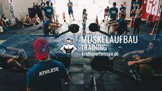 Genauso wie eine falsche Ernährung auf kurz oder lang die Organe beschädigen kann, kann auch eine falsche Technik, zu viel Gewicht, eine zu hohe Trainingsfrequenz usw. dem Körper – insbesondere den Gelenken – schaden. Erfolge im Kraftsport kommen nicht von heute auf morgen, sondern brauchen viele Monate Zeit. Einer der größten Fehler den man als Kraftsportler machen kann ist, bereits ... #gym #muskelaufbau #training #fitness #kraftsport #bodybuilding #muskelwachstum #kraftsteigerung #sport Training Fitness, Athlete, Bodybuilding, Movie Posters, Movies, Muscle Gain Workout, Muscle Up, Weights, Films