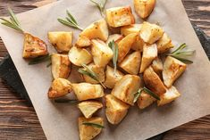 Cooking Roast Potatoes, Canned Potatoes, Healthy Potatoes, Roasted Potato Recipes, Roasted Potatoes, Roasted Vegetables, Veggies, High Protein Vegetables, Great Roasts