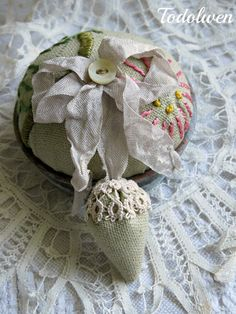 A little something rustic .. my newest pincushion