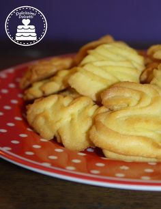 Cookies - Biscottini di frolla montata Italian Recipes, Favorite Recipes, Dishes, Cooking, Breakfast, Sweet, Christmas, Food, Fashion