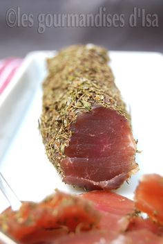 Porc Filet Salumi - About 5 days in salt in the fridge Baked Chicken Recipes, Pork Recipes, Tapas, Healthy Breakfast Recipes, Healthy Recipes, Finger Foods For Kids, Slow Cooker Pork, Vegetable Drinks, My Best Recipe