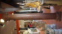 Säule in Marmor - http://www.achillegrassi.com/de/project/colonne-stile-dorico-in-marmo-rosso-asiago-lucido/ - Dorische Säule in rotem Asiago Marmor, poliert Maße:  250cm x 40cm x 40cm Ø 30cm