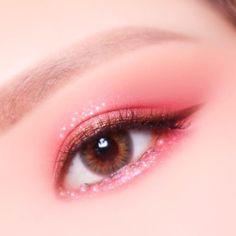 Korean Makeup Tips, Asian Eye Makeup, Makeup Eye Looks, Eye Makeup Art, Pink Makeup, Eyeshadow Makeup, Beauty Makeup, Kawaii Makeup, Cute Makeup