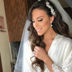 Beautiful bride Denise! Makeup by me @glamourbydrita hair by @senadakxo makeup used @kevynaucoin headpiece @bridalstylesboutique