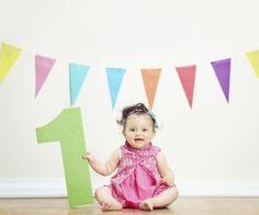 Ein ganz besonderer Tag: Der erste Geburtstag! Vor einem Jahr war Ihr Kind ein zartes, zerbrechliches Neugeborenes - und jetzt wird Ihr Baby zum Kleinkind. Wenn das nicht mal ein Grund zum Feiern ist! Wir versorgen Sie mit Tipps und Rezepten.