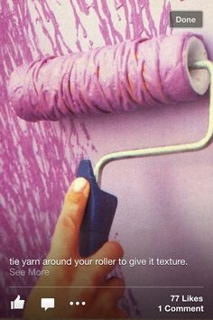 Painting idea: Tie yarn around your roller to add texture. Put a light base color down then use this roller idea to ass texture of a different color. Painting Tips, House Painting, Painting Techniques, Paint Techniques For Walls, Home Projects, Projects To Try, Paint Effects, Textured Walls, Home Improvement
