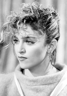 The changing face and hair of Madonna - CelebsNow Madonna Rare, 1980s Madonna, Lady Madonna, Music Icon, I Icon, Art Music, Divas, 3 4 Face, 80s Trends
