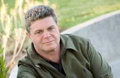 Gustavo Santaolalla.   www.bajofondo.com