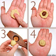 step by step how to make mamool cookies recipe--Muhammad if you are reading this I would really like a mold like this from Egypt. Arabic Dessert, Arabic Sweets, Arabic Food, Egyptian Desserts, Egyptian Food, Lebanese Desserts, Lebanese Recipes, Indian Dessert Recipes, Desert Recipes