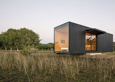 Prefabricated modular home delivered into the Brazilian countryside