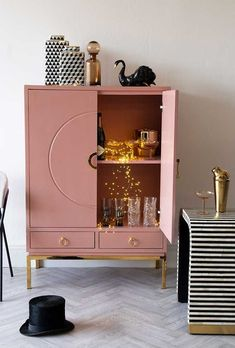 Everybody needs a drinks cabinet in their home whether it be for traditional alcohol or any other drinks. In a fabulous pink, this cabinet is a statement piece. Home Bar Cabinet, Drinks Cabinet, Sideboard Cabinet, Cabinet Decor, Pink Cabinets, Modern Cabinets, Upcycled Furniture, Home Furniture, Furniture Design