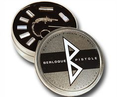 Berloque Pistole World's Smallest Pistol | DudeIWantThat.com
