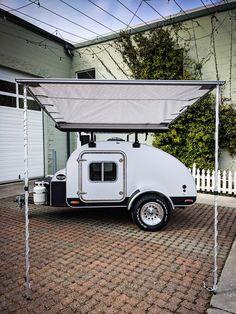 High Camp Trailers™ is an award-winning teardrop trailer manufacturer in Portland, Oregon in the Pacific Northwest. Motorcycle Camper Trailer, Tiny Camper Trailer, Trailer Awning, Teardrop Trailer Plans, Small Camping Trailer, Teardrop Caravan, Tiny Trailers, Small Campers, Camper Van