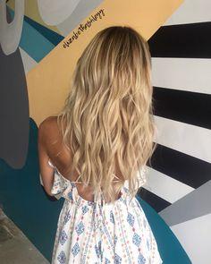 Balayage |blonde babylights | blonde balayage | blonde foilayage | elizabethashleyy