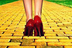 Resultado de imagen para sigue el camino amarillo