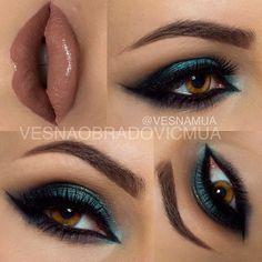 Smokey green eyeshadow