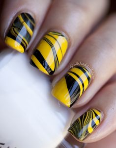 Bumble Bee Inspired Water Marbling