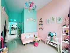 Living Room Colors, Living Room Decor, Diy Sofa, Interior Design Living Room, Toddler Bed, Sweet Home, Furniture, Home Decor, Minimalist