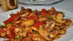 Sauteed Chicken with Mushrooms and Vegetables, – Chicken Recipes Italian Chicken Dishes, Chicken Meals, Turkish Recipes, Ethnic Recipes, Food Tags, Middle Eastern Recipes, Mushroom Recipes, Kitchen Recipes, International Recipes