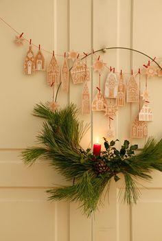 Diy Christmas Garland, Christmas Paper Crafts, Diy Garland, Noel Christmas, Simple Christmas, Winter Christmas, Holiday Crafts, Christmas Decorations, Xmas