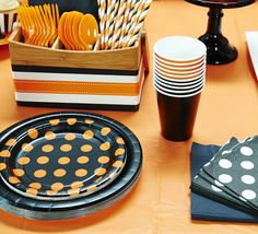 BirthdayExpress Black Velvet Solid Color Party Pack for 24