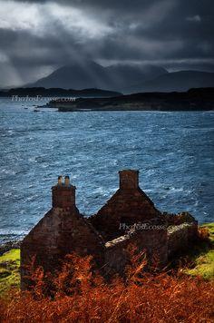 Collighillie Ruin, Applecross Peninsula, Scotland; photo by Barbara R. Jones
