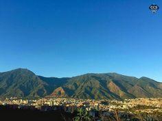Te presentamos la selección del día: <<AVILA>> en Caracas Entre Calles. ============================  F E L I C I D A D E S  >> @oscarnav << Visita su galeria ============================ SELECCIÓN @marianaj19 TAG #CCS_EntreCalles ================ Team: @ginamoca @huguito @luisrhostos @mahenriquezm @teresitacc @marianaj19 @floriannabd ================ #avila #elavila #Caracas #Venezuela #Increibleccs #Instavenezuela #Gf_Venezuela #GaleriaVzla #Ig_GranCaracas #Ig_Venezuela #IgersMiranda…