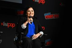 Diana Gabaldon could start working on both of her next Outlander books at once It's always fun to see how Diana Gabaldon works. One thing we know is that... New York October, Duncan Lacroix, Lord John, Diana Gabaldon Outlander, John Gray, Caitriona Balfe, Outlander Series, Studio Portraits, Theme Song