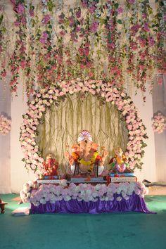 Flower Decoration For Ganpati, Eco Friendly Ganpati Decoration, Ganpati Decoration Design, Wedding Balloon Decorations, Backdrop Decorations, Flower Decorations, Heart Wall Decor, Flower Wall Decor, Flower Making Crafts