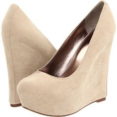 Nude wedges. WANT. NEED!
