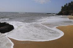 Aadi Kadalai Beach, Kannur