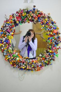 Gardens Discover Upcycle Toys DIY mirror of happiness - Upcycled Crafts Upcycled Crafts Diy Crafts Crafts For Kids Arts And Crafts Diy Mirror Huge Mirror Wall Mirror Mirror Ideas Mirror Game Upcycled Crafts, Diy And Crafts, Crafts For Kids, Arts And Crafts, Recycled Magazine Crafts, Glue Crafts, Bead Crafts, Upcycled Furniture Before And After, Deco Originale