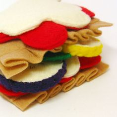 Need to start crafting again. This is amazing!  Felt Food Lasagna with Noodles and Vegetables Toy. $15.00, via Etsy.
