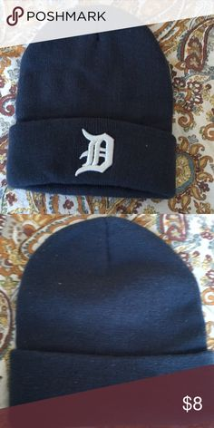 Detroit Tigers knit hat New without rage Detroit Tigers knit hat is stretchy so will fit most.  Was purchased with teenage son in mind. Accessories Hats