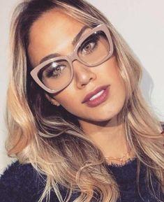 Nice Glasses, Glasses Frames, Fashion Eye Glasses, Womens Glasses, Eyeglasses For Women, Reading Glasses, Sunglasses, Chic