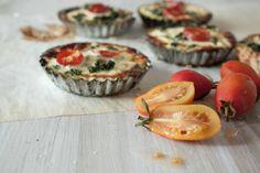 Spinach, feta and tomato quiche Little Upside Down Cake