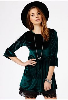 Missguided - Blossom Velvet Flute Sleeve Oversized Top In Deep Green