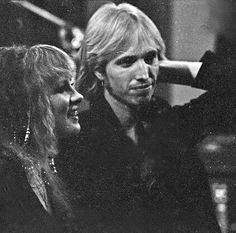 Stevie ~ ☆♥❤♥☆ ~ and Tom Petty ~ friends for decades who've teamed up over the years to produce lovely duets