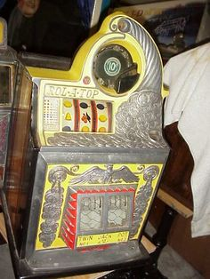 Gameroom Show offers rare coin-operated penny arcade machines, grandma fortune tellers, antique slot machines, and more vintage collectibles for sale. Arcade Game Machines, Arcade Machine, Vendor Machine, Vintage Slot Machines, Inside Bar, Penny Arcade, Gumball Machine, Rare Coins, Pinball