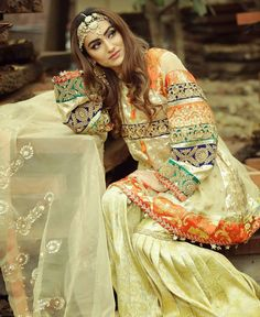 Image uploaded by Jy Rose. Find images and videos about style and outfit on We Heart It - the app to get lost in what you love. Bridal Mehndi Dresses, Pakistani Wedding Outfits, Pakistani Wedding Dresses, Pakistani Dress Design, Bridal Outfits, Stylish Dresses, Fashion Dresses, Shadi Dresses, Pakistani Fashion Casual