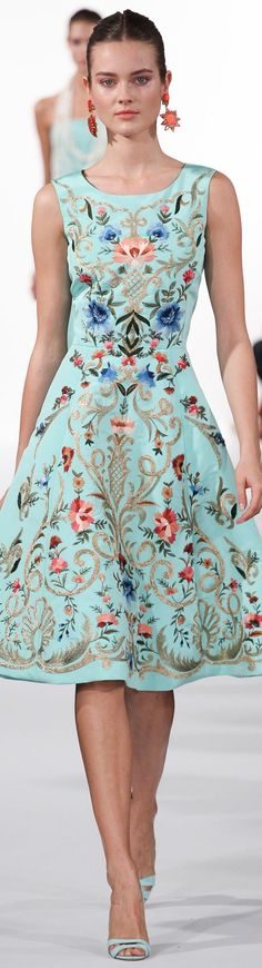 Oscar de la Renta Spring 2014 Ready-to-Wear Fashion Show