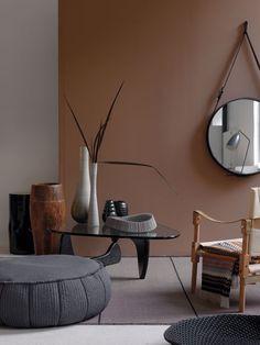 taste of African interior : Purodeco // dark room decor Decoration Inspiration, Interior Inspiration, Interior Architecture, Interior And Exterior, Modern Interior, Interior Styling, Interior Decorating, Decorating Ideas, Noguchi Coffee Table