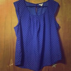 Blue polka dot blouse Blue polka dot blouse with peekaboo hole in back. Candie's Brand. Size XL. Candie's Tops Blouses