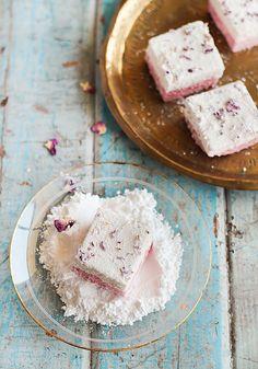 Ispahan Marshmallows (Lychee, Rose & Raspberry) by raspberri cupcakes, via Flickr