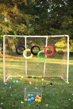 Olympic Rings Ball Toss - I can teach my Chil Senior Olympics, Kids Olympics, Special Olympics, Summer Olympics, Olympic Badminton, Olympic Games Sports, Olympic Gymnastics, Sports Day Games, Gymnastics Camp