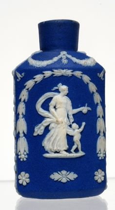 The Bowes Museum, Scent Bottle ca. 1800-25.