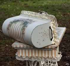 Декупаж - Сайт любителей декупажа - DCPG.RU   Новая жизнь старых вещей-2015. Работа № 23 Швейная машинка «Второе дыхание»